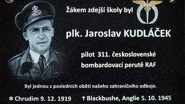 Odhalení pamětní desky Jaroslavu Kudláčkovi