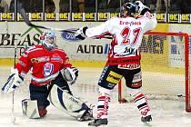 Z hokejového zápasu Chrudim - Klatovy.