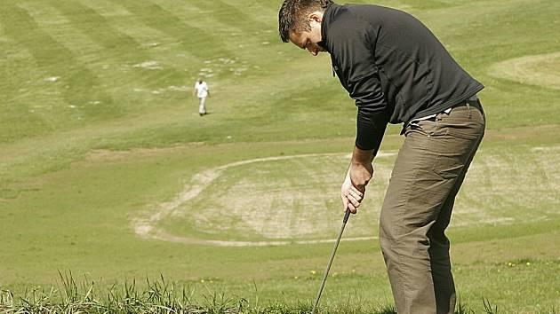 Golf & Country club ve Svobodných Hamrech na Hlinecku byl otevřen pro kžadého, kdo se chtěl naučit golf.