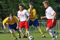 Z fotbalového utkání I. B třídy Spartak Slatiňany - AFK Chrudim B.