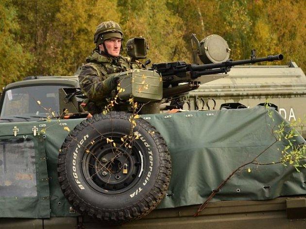 Ve výcvikovém prostoru hradiště vrcholí právě v těchto dnech armádní cvičení Grim Campaigner 2013