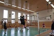 Volejbalisté SKO Hlinsko zdolali v domácím prostředí TJ Sokol Česká Třebová II B 3:2.