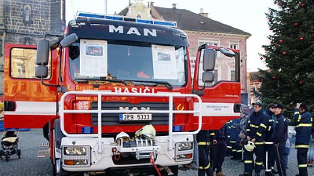 Nové speciální hasičské vozidlo.