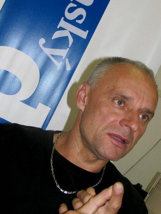 Josef Macháček.