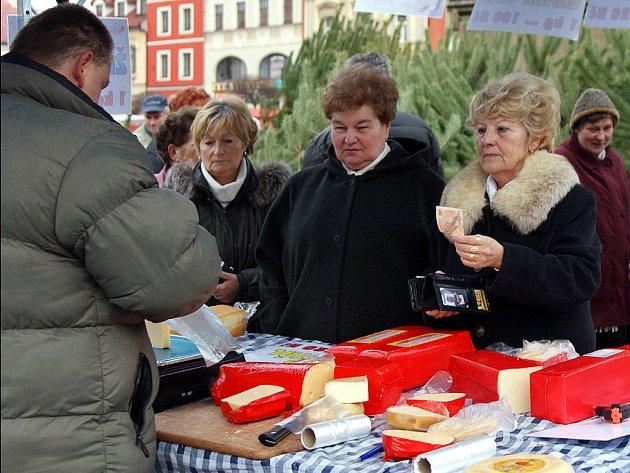 Náměstí patřilo tradičním trhům.