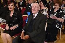 Jan Stejskal si převzal cenu Osobnost města Chrudim za rok 2014 v oblasti kultury.