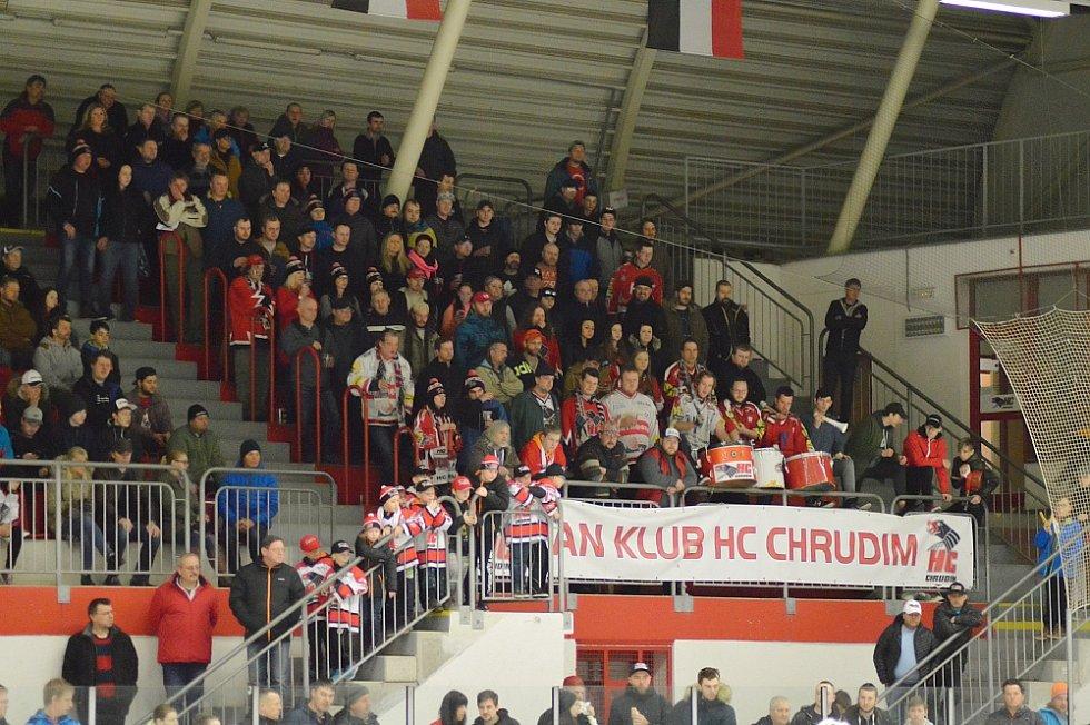 Chrudimští hokejisté mají po třetím zápase série nůž na krku.