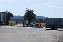 Srážka tří aut u Podhořan