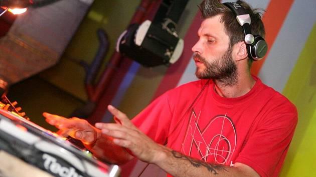 DJ Mr. Markuz.