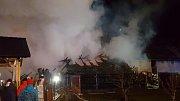 V Heřmanově Městci hořelo.