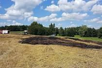 Požár strniště u obce Prosíčka