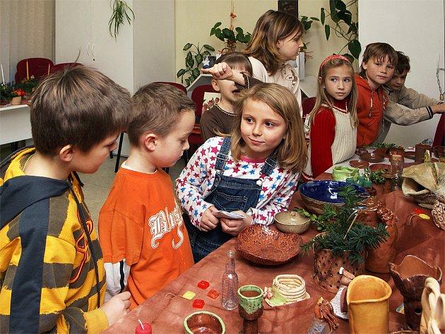Pro vánoční inspiraci si do chrudimského DDM mohou přijít nejen děti, ale i dospělí.
