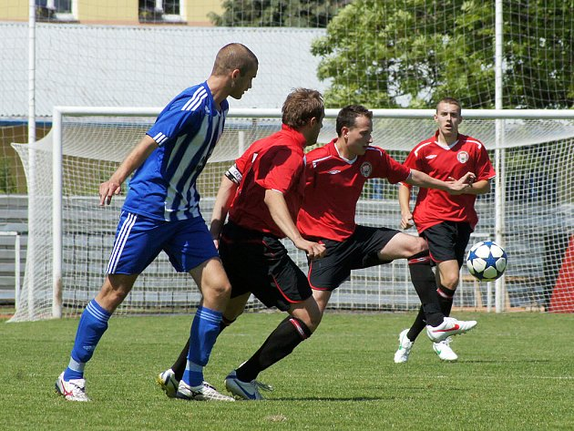 Fotbalisté MFK Chrudim prohráli doma s Jiskrou Domažlice 1:5 (0:1).