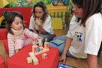 Hrajeme si s Chrudimkou uspořádala hernu pro dětské pacienty chrudimské nemocnice.