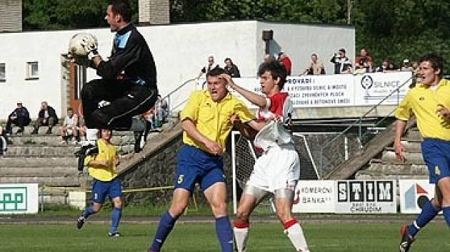Pavel Jirousek s pětkou využívá své bohaté zkušenosti v roli hrajícího trenéra AFK.