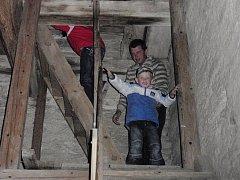 Noc kostelů ve Skutči zahájilo zvonění zvonů. Zdejší program přilákal celkem asi dvě stovky návštěvníků.