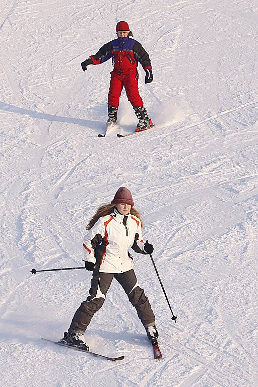 Na hlinecké sjezdovce začala lyžařská sezona.