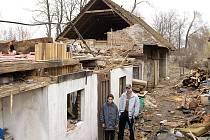 Emma řádila i v Synačenech, kde kvůli ní přišly dvě romské rodiny o střechu nad hlavou.