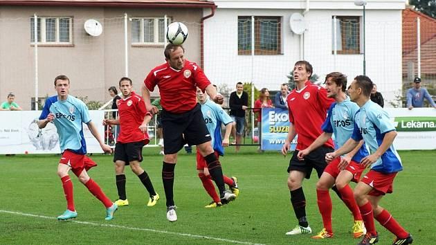 MFK Chrudim – SK Hlavice 8:1 (4:0).