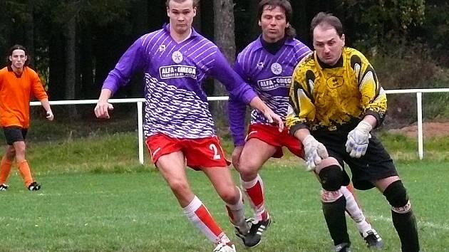 Aleš Meloun odchytal několik zápasů za SK Rváčov.