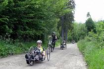 Do Chrudimi zavítalo turné handicapovaných cyklistů ze spolku Černí koně s názvem Tour 4 change.