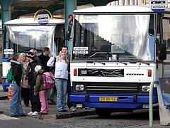 Chrudimské autobusové nádraží.