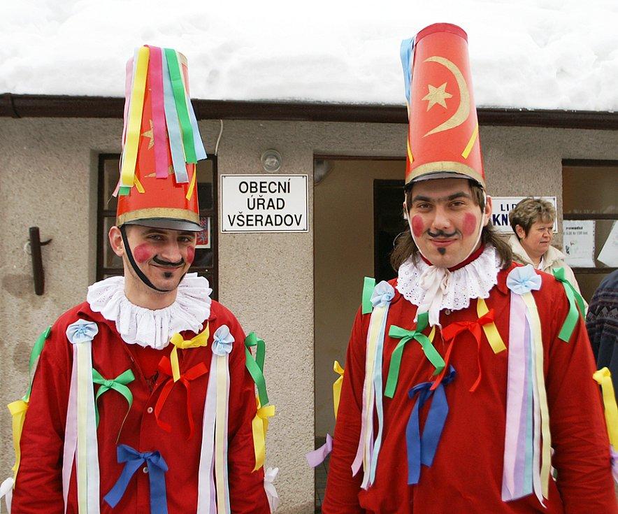 Masopustní veselí si užili i obyvatelé Všeradova.