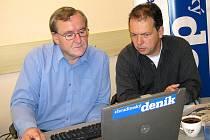 Josef Hrad a Roman Pešek odpovídají on-line čtenářům Deníku.