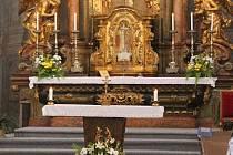 Velikonoce, největší církevní svátky, se slaví, ale je nutné přistoupit k velkým omezením