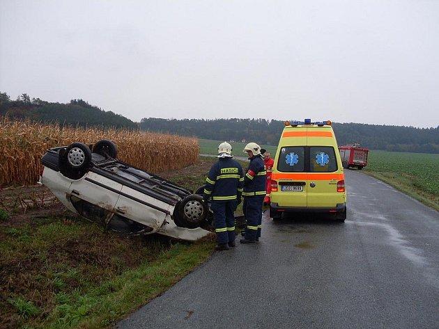 Řidička nezvládla u Podllažic řízení