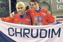 Bronzoví medailisté z hokejbalového MS U-16 v Mostě Filip Pecina (vlevo) a Jan Gabriel.