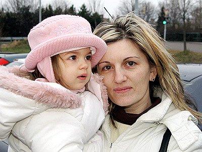 Petra Měchurová, 34 let, na mateřské, Chrudim: Nás se s manželem nejvíce dotklo, že již nemůžeme uplatnit společné zdanění manželů. Finančně nás jako zaměstnance tohle opatření vlády poškodilo.