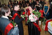 Maturitní ples Střední odborné školy a Středního odborného učiliště technického v Třemošnici trval až do dvou do rána.