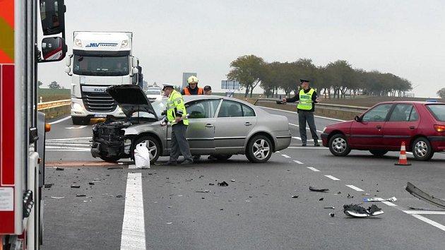 Další nehoda na křižovatce u Tří Bubnů