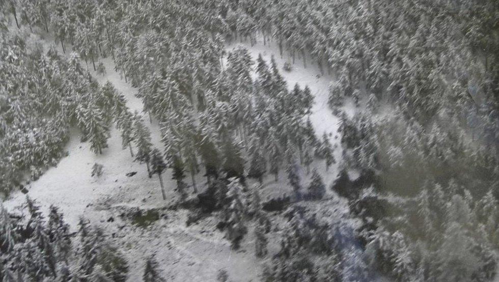 Letecký snímek nehody.