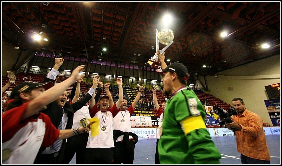 Cesta era-Packu za vítězstvím ve třetím finále s Eco Investment Praha