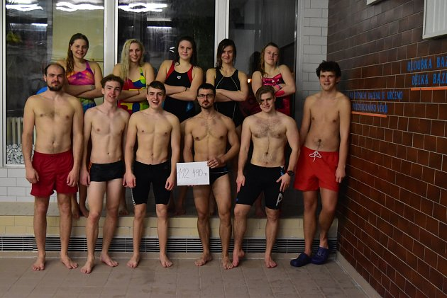 Maraton vplavání