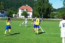 Z fotbalového utkání I. B třídy Třemošnice - Rozhovice 1:1.