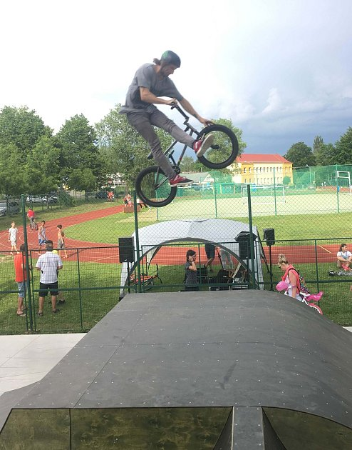 Otevření skateparku vHlinsku.