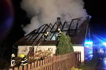 Požár chalupy u obce Morašice