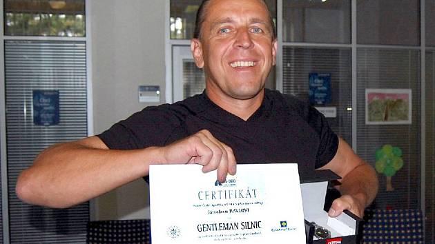 Jaroslav Havel z Hlinska si převzal ocenění Gentleman silnic.