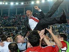 Brazilec Cacau na lavičce kazašského Kairatu Alma-Ata senzačně vyhrál prestižní UEFA Futsal Cup.