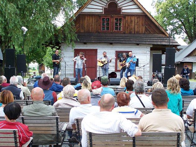 Hubertův country festival vHlinsku