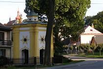 Kaple sv. Jana Nepomuckého v Běstvině.