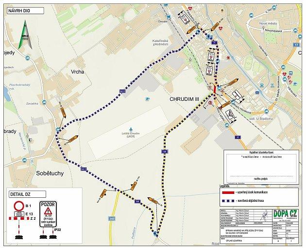 Chrudim – Kvůli poškození jedné koleje je nutné opravit železniční přejezd vulici Obce Ležáků, tedy na silnici I/37 ve směru na Slatiňany.