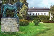 Na sobotu je připravena komentovaná vycházka slatiňanským zámeckým parkem s kastelánem tamějšího zámku.