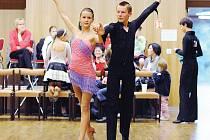Taneční studio Ridendo Hlinsko uspořádalo první ročník párové taneční soutěže pro Hobby páry z celé České republiky.