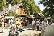 Jarmark ve skanzenu na Veselém Kopci představil návštěvníkům tvorbu starých řemeslníků.