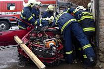V neděli 19. února došlo k vážné dopravní nehodě vozidla Renault Clio u Podlažic.