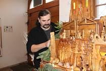 Chrudimský betlém Pavla Tapušíka.